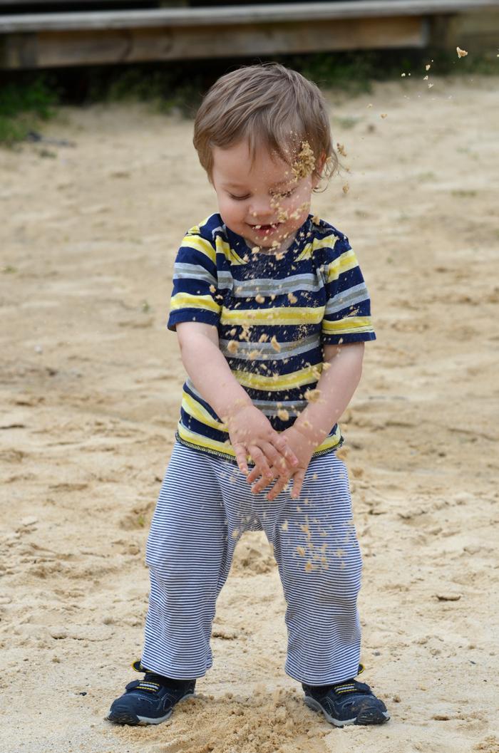 throwingsand